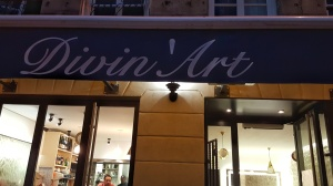 Divin Art exterior