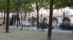 place des vosges playground