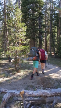 starting-off-on-ten-lakes-trail-kah