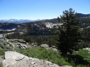 lake-below-yosemite