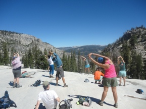 rei-yoga-by-the-ten-lakes-yosemite